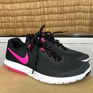 Nike Tanjun Size US 8.5 UK 6 Sneakers Pink Black